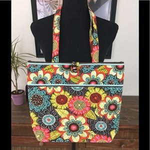 VERA BRADLEY FLORAL TOGGLE BUTTON LARGE TOTE